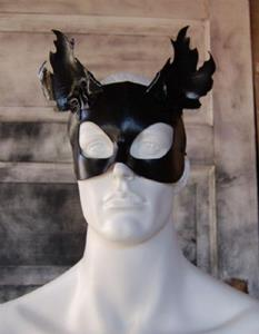 Detail Image for art Leather cat mask - Darkness Peering