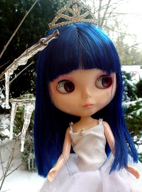 Art: Ginsu  the Snow Queen Custom Blythe Doll by Artist Noelle Hunt