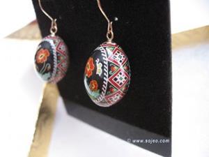 Detail Image for art Poppy Finch Earrings