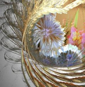 Detail Image for art Mums in a Wreath