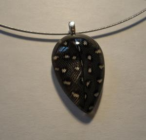 Detail Image for art Guinea Feather Pendant
