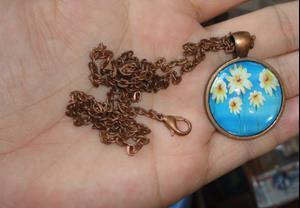 Detail Image for art Daisy Pendant