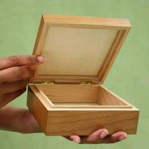 Detail Image for art FANTASIA WOOD PORCELAIN TILE JEWELRY BOX