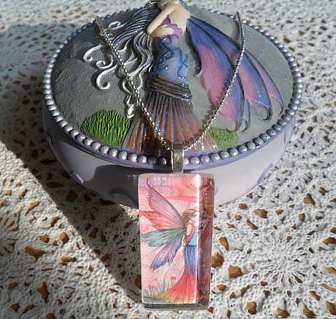 Art: solitude box with pendant by Artist Molly Harrison