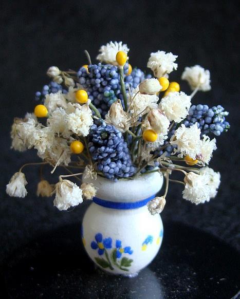Art: Arrangement in Blue by Artist Leea Baltes