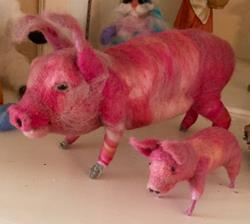 Art: Needle Felted Mama pig and piglet by Artist Ulrike 'Ricky' Martin