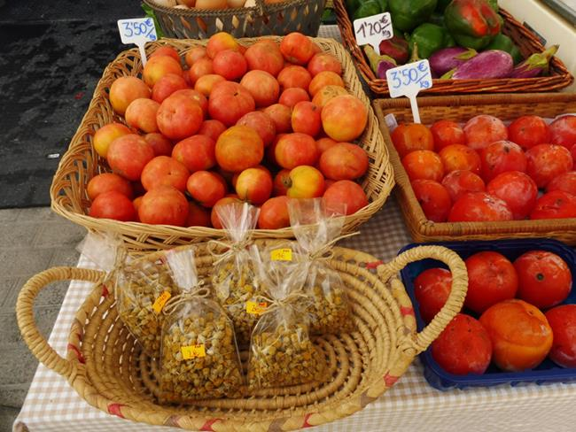 Art: Heirloom Tomatoes and Camomille by Artist Deanne Flouton