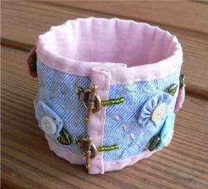Detail Image for art Pastel Posies Cuff Bracelet