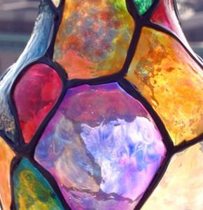 Detail Image for art Goldtipped Stained Glass Vase #1