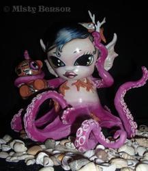Art: Morbidly Adorable Octo-Munny by Artist Misty Benson