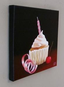 Detail Image for art Birthday Cupcake