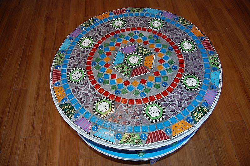 Impressive Round Mosaic Table Top Designs 800 x 532 · 117 kB · jpeg