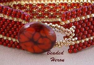 Detail Image for art Golden Daggers Bracelet