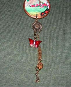 Detail Image for art NFS GIRAFFE & FOUND OBJECT CHARM NECKLACE