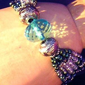 Detail Image for art Blue Ball Bracelet