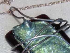Detail Image for art 3 Key Fused Glass Necklace
