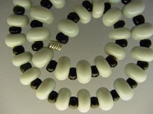 Detail Image for art BG Morrow LAMPWORK Handmade Glass Art 30 Beads D240 SRA