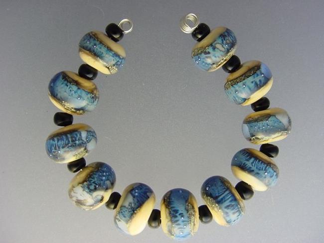 Art: BG Morrow LAMPWORK Handmade Glass Art 11 Beads D284 SRA by Artist Bonnie G Morrow