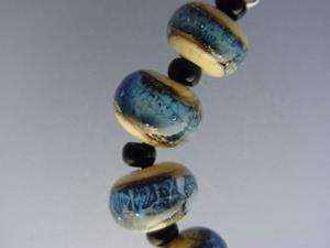 Detail Image for art BG Morrow LAMPWORK Handmade Glass Art 11 Beads D284 SRA