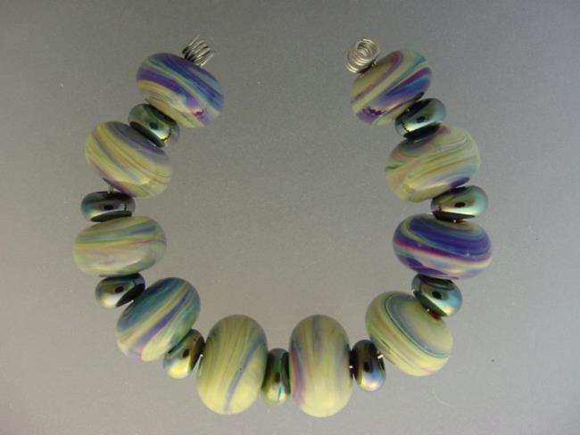 Art: BG Morrow LAMPWORK Handmade Glass Art 19 Beads D141 SRA by Artist Bonnie G Morrow