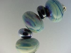 Detail Image for art BG Morrow LAMPWORK Handmade Glass Art 19 Beads D147 SRA