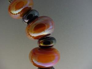 Detail Image for art BG Morrow LAMPWORK Handmade Glass Art 19 Beads D151 SRA