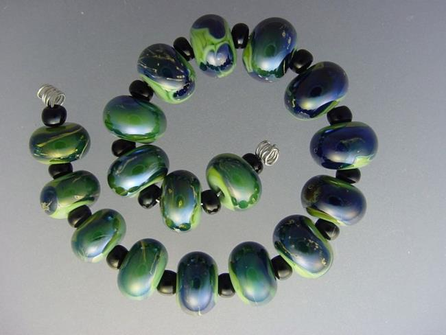 Art: BG Morrow LAMPWORK Handmade Glass Art 17 Beads D276 SRA   by Artist Bonnie G Morrow