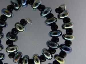 Detail Image for art BG Morrow LAMPWORK Handmade 7-8mm Glass 30 Beads D366