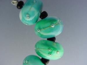 Detail Image for art BG Morrow LAMPWORK Handmade Glass Art 10 Beads D277 SRA