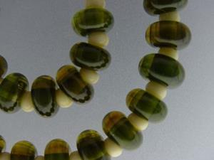 Detail Image for art BG Morrow LAMPWORK Handmade Glass Art 29 Beads D132 SRA