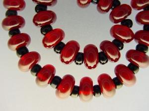 Detail Image for art BG Morrow LAMPWORK Handmade Glass Art 30 Beads D228 SRA