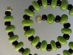 Detail Image for art BG Morrow LAMPWORK Handmade Glass Art 29 Beads D205 SRA