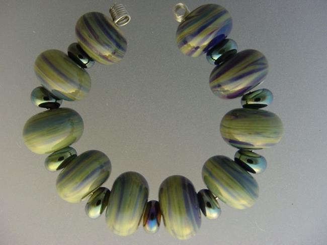Art: BG Morrow LAMPWORK Handmade Glass Art 19 Beads D142 SRA   by Artist Bonnie G Morrow