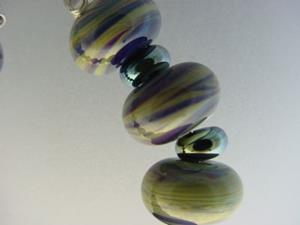 Detail Image for art BG Morrow LAMPWORK Handmade Glass Art 19 Beads D142 SRA