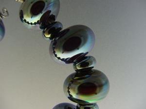 Detail Image for art BG Morrow LAMPWORK Handmade Glass Art 19 Beads D153 SRA