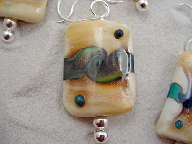 Art: Ambrosia *NECKLACE OCN9* Lampwork Necklace Handmade by Artist Bonnie G Morrow