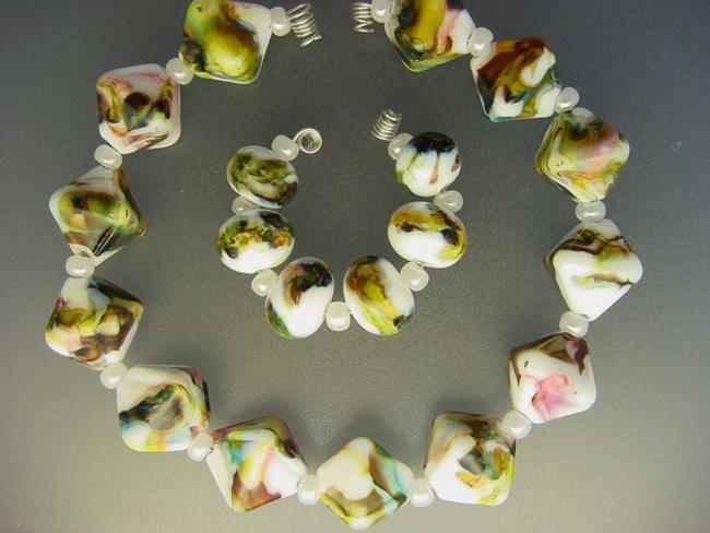 Art: BG Morrow LAMPWORK Handmade Glass Art 19 Beads D106 SRA  by Artist Bonnie G Morrow