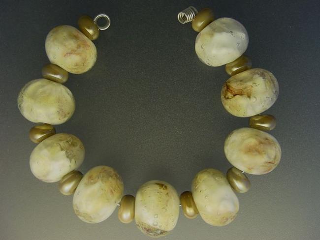 Art: BG Morrow LAMPWORK Handmade Glass Art 19 Beads D64 SRA   by Artist Bonnie G Morrow