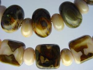 Detail Image for art BG Morrow LAMPWORK Handmade Glass Art 53 Beads D37 SRA