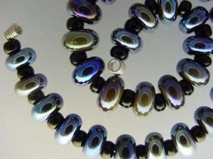 Detail Image for art BG Morrow LAMPWORK Handmade Glass Art 30 Beads D225 SRA