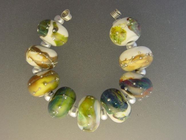 Art: BG Morrow LAMPWORK Handmade Glass Art 9 Beads D198 SRA by Artist Bonnie G Morrow