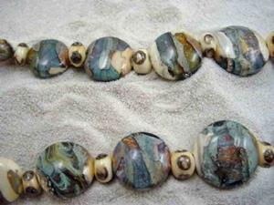 Detail Image for art Ambrosia Glass *SANDY SHORES* Handmade Lampwork 31 Beads - SOLD