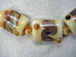 Detail Image for art Ambrosia *GOLDEN TURN* Lampwork 7 Beads Handmade - SOLD
