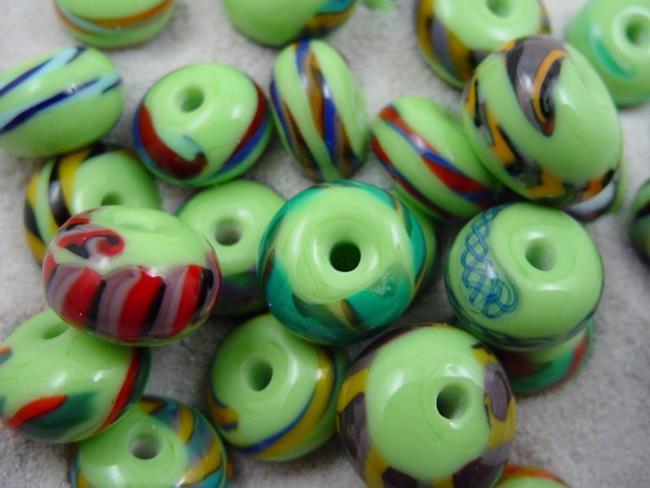 Art: Ambrosia *LIME TWISTIE WRAPS* Lampwork Beads Handmade by Artist Bonnie G Morrow