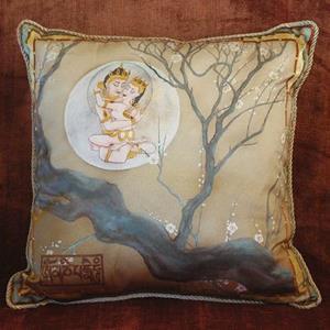 Detail Image for art Mandalas on Pillows of Silk