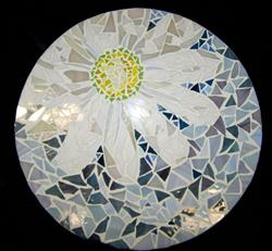 Art: Mosaic Lazy Susan, A Daisy by Artist Heather MBC