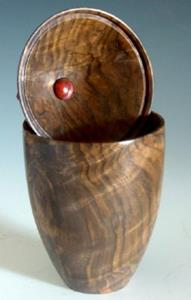 Detail Image for art Claro Walnut and Bloodwood Box