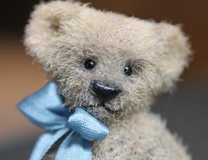 Detail Image for art 1 3/4 Teddy Bear