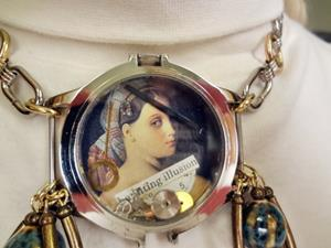 Detail Image for art Haunting Illusions Necklace