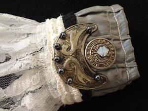 Detail Image for art Ruffled Metal Cuff